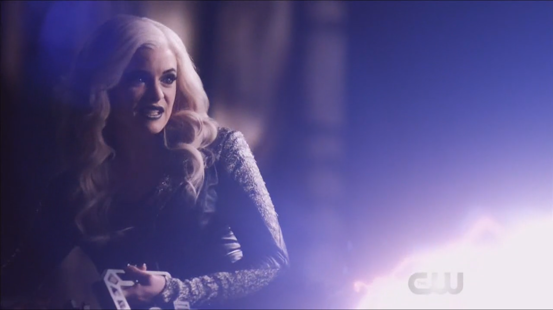 Killer Frost shooting.png