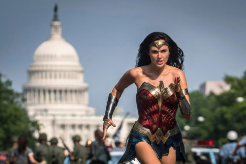 Wonder Woman Sprints In The Capitol